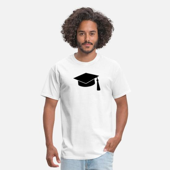 Bachelor T-Shirts - graduation hat - Men's T-Shirt white