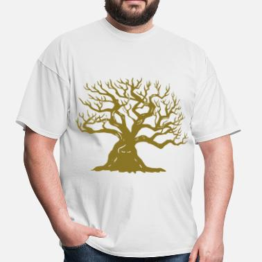 Tree Climbing Tree - Men's T-Shirt
