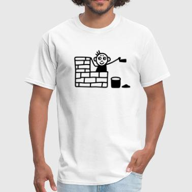 Bricklayer with trowel building a house - Men's T-Shirt