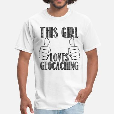 Night Cache This Girl Loves Caching - Men's T-Shirt