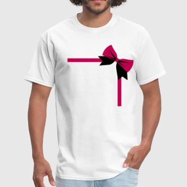 Dressy bow package on a rectangle birthday gift - Men's T-Shirt