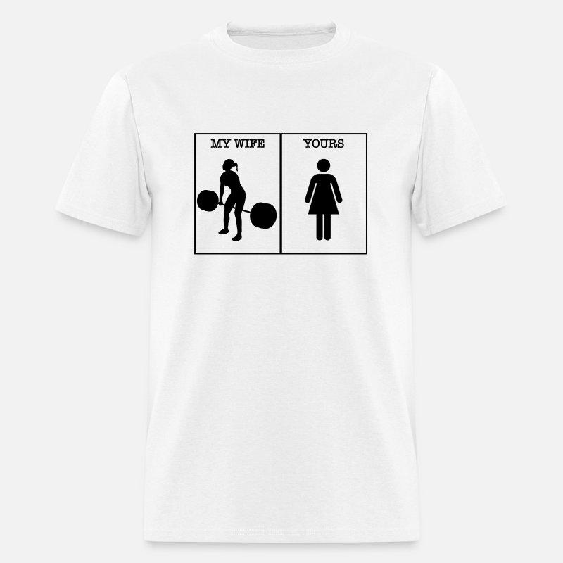 6a9727a8e8a599 crossfit wife Men s T-Shirt