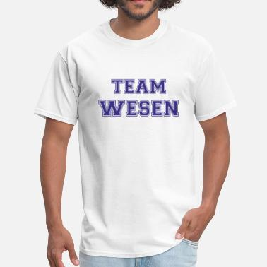 Captain Sean Renard Team Wesen - Men's T-Shirt