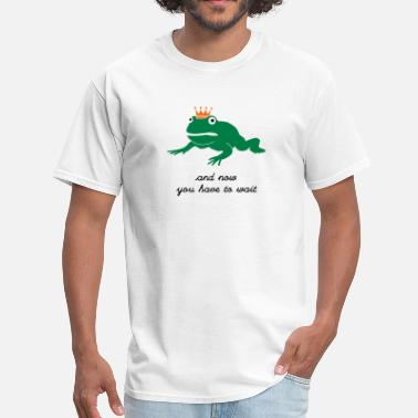 Fun grumpy frog prince - waiting - Men's T-Shirt