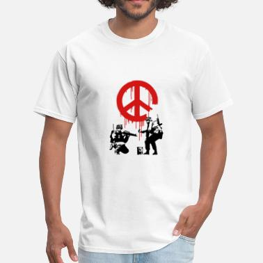 Cnd Banksy ba10 cnd peace sign soldiers - Men's T-Shirt