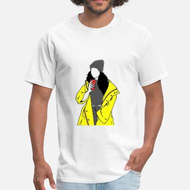 A girl and her drink - Men's T-Shirt