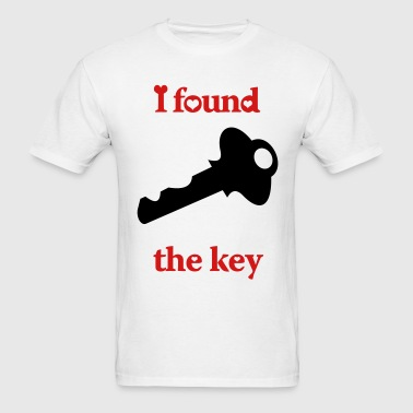 i_locked_my_heart_i_found_the_key_right - Men's T-Shirt