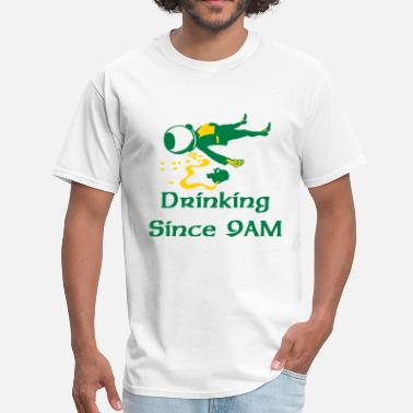 drunken leprechaun - Men's T-Shirt