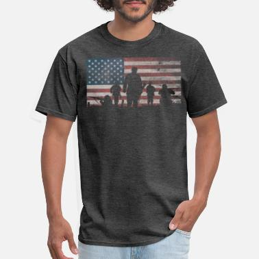 Soldier American Flag Thank Military Veteran's Day - Men's T-Shirt