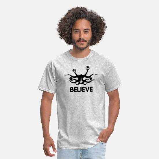 Monster T-Shirts - Believe into flying spaghetti monster - Men's T-Shirt heather gray