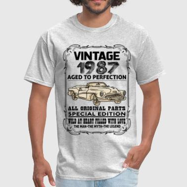 Born In 1987 VINTAGE 1987-AGED TO PERFECTION - Men's T-Shirt