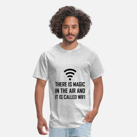 Wifi T-Shirts - Magic In The Air Is Wifi - Men's T-Shirt heather gray
