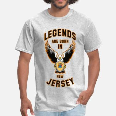 Legend News Legends are born in New Jersey - Men's T-Shirt