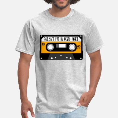 Usb Port Doesn't fit in USB-port 80s MUSIC CASSETTE MC gift - Men's T-Shirt