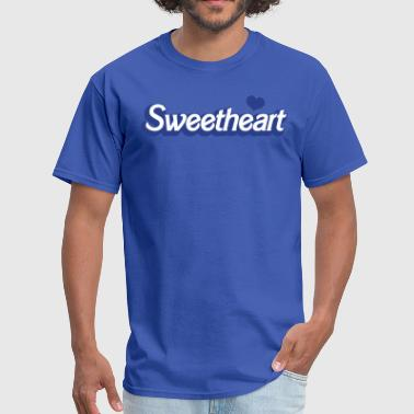 sweetheart with love heart in barbie font - Men's T-Shirt