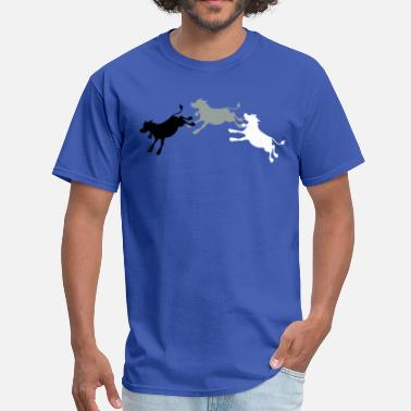The Cow Jumped Over Moon cow jumping with shadows 'and the cow jumped over the moon' - Men's T-Shirt