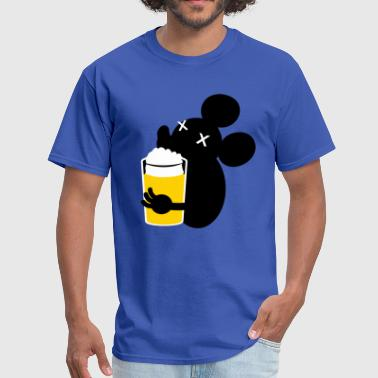 beer drinking  mouse in the house - Men's T-Shirt