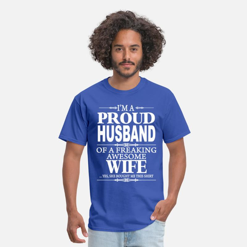 Husband T-Shirts - I'm A Proud Husband Of A Freaking Awesome Wife  - Men's T-Shirt royal blue