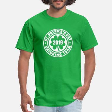 St. Patrick's day drinking team 2019 - Men's T-Shirt
