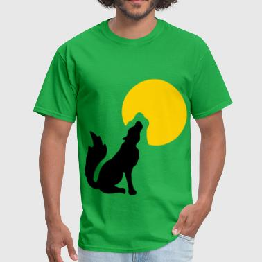 Howling at the moon - Men's T-Shirt