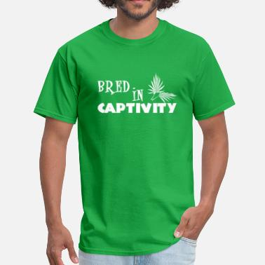 Captivate Bred In Captivity - Men's T-Shirt