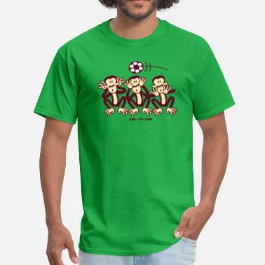 Three Wise Monkeys Three Wise Soccer Monkeys - Men's T-Shirt