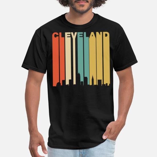Retro 1970/'s Style Cleveland Ohio Cityscape Downtown Skyline T-Shirt