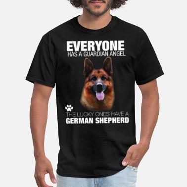 German Shepherd Everyone has a guardian angel the lucky ones have - Men's T-Shirt