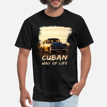 Cuban way of life - Cuba - Oldtimer - Havana - Men's T-Shirt