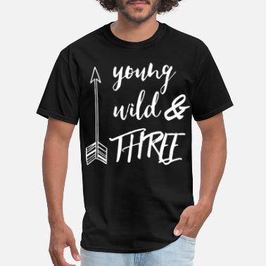 young wild three nerd - Men's T-Shirt