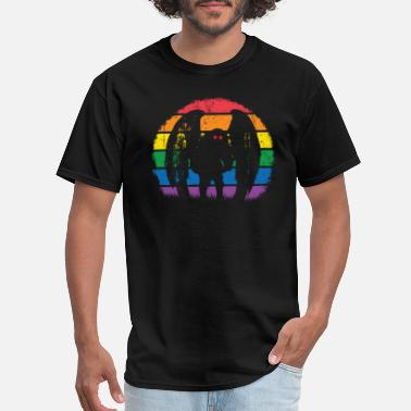 Paranormal Rainbow Mothman, Retro Lines Cryptid Monster - Men's T-Shirt