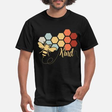 Nest bee kind animals build nest colors working hard fa - Men's T-Shirt