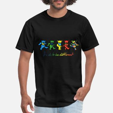 Funny Animated Film it is ok to be different animals cute film autism - Men's T-Shirt
