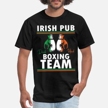 Irish Pub Boxing Irish Pub Boxing Team Gift for Boxers - Men's T-Shirt