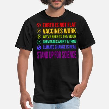 Flat Earth is not flat - Men's T-Shirt