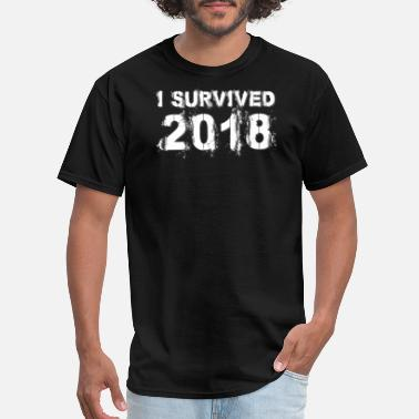 2018 I Survived 2018 Funny Happy New Years Eve Ball - Men's T-Shirt