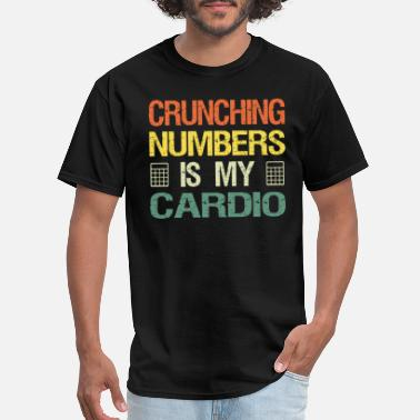 Cardio crunching numbers is my cardio retro accountant - Men's T-Shirt
