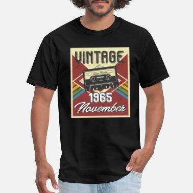 53th Birthday 53th Birthday Gifts Retro Vintage November 1965 - Men's T-Shirt