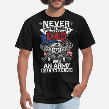 Army Dad Daughter army dad - Men's T-Shirt