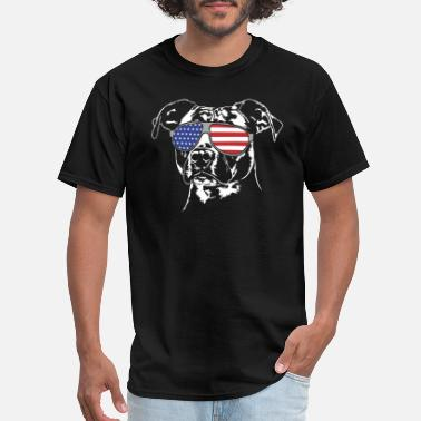 Terrier AMERICAN STAFFORDSHIRE with America Flag Sunglasse - Men's T-Shirt