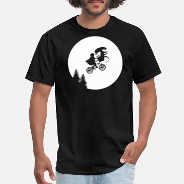 Alien Moon Alien Predator - Men's T-Shirt