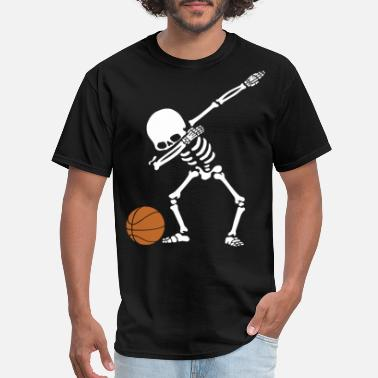 Satanic St Patricks Basketball Dab skeleton funny ball play game satan - Men's T-Shirt