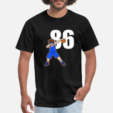 League Basketballer Basketball Player Baller Number 86 - Men's T-Shirt
