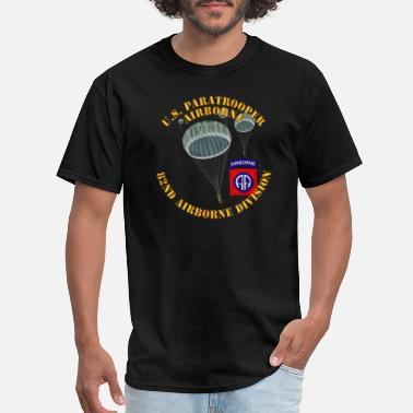 Army Man Army US Paratrooper 82nd Airborne Div wo Shadow - Men's T-Shirt