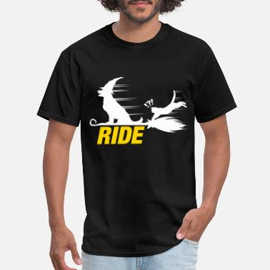 Flying Dog Halloween flying dog - Men's T-Shirt