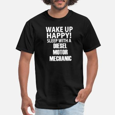 Sleeping Motor Sleep With A Diesel Motor Mechanic - Men's T-Shirt