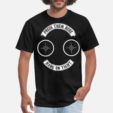 Herefordshire press them here hang on tight hipster - Men's T-Shirt