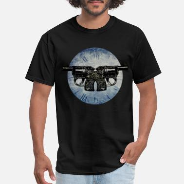 Western Sports Wear Gun o'clock! - Men's T-Shirt