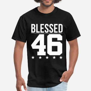 Bible Quotes Blessed 1946 Bible Verse Quote Birthday Greeting - Men's T-Shirt