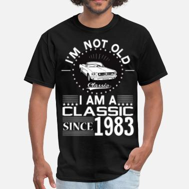 Born 1983 Classic since 1983 - Men's T-Shirt